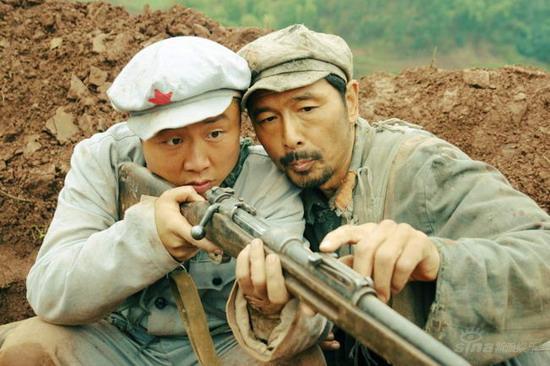 吴军出演小人物《革命到底》中大玩黑色幽默
