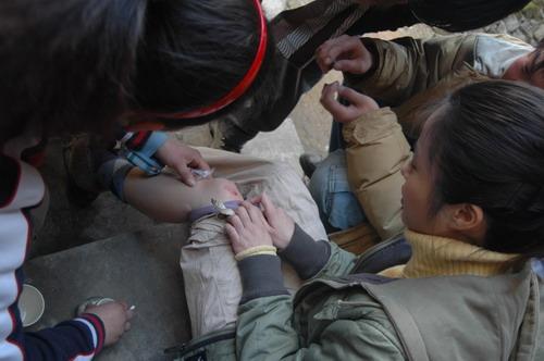 杨若兮全心参与《志愿者》拍摄轻伤不下火线