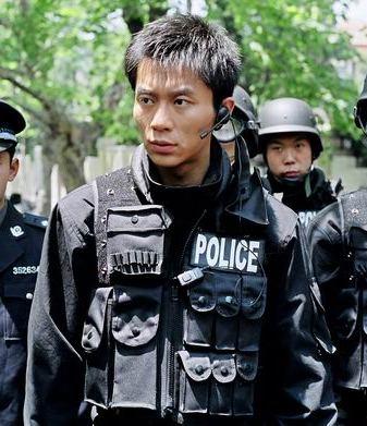 廖凡李晨领衔《沉默与较量》再现警探男儿本色