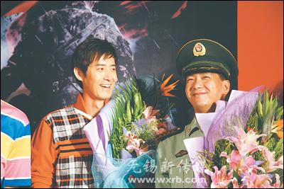 《我的左手》江苏首映式举行马跃演绎独臂英雄