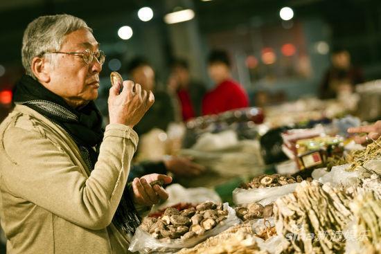 《饮食男女2012》曾江剧照