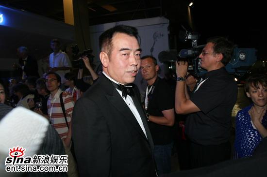 组图:陈凯歌夫妇戛纳祝寿借机宣传《梅兰芳》