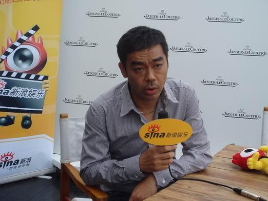 组图:专访刘青云回忆拍《神探》被活埋很恐怖