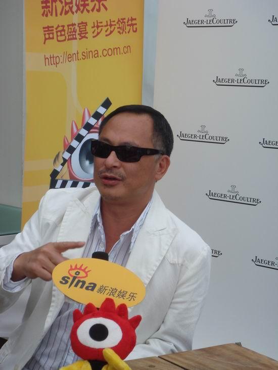 组图:专访导演杜琪峰称神探和疯子相隔一线间