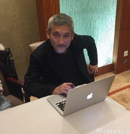 徐克首次微访谈 赞林更新陈晓喜剧天赋