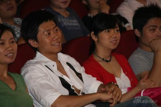 《变形金刚》上海首映夏雨出席助阵和观众互动