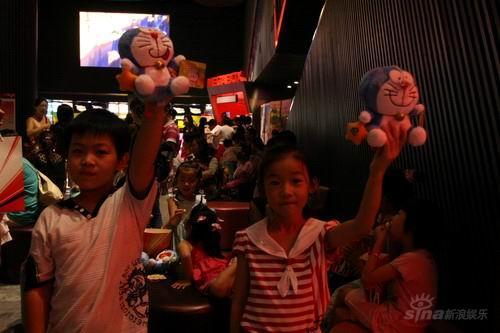 《哆啦A梦》北京首映影迷现场绘画竞赛(组图)