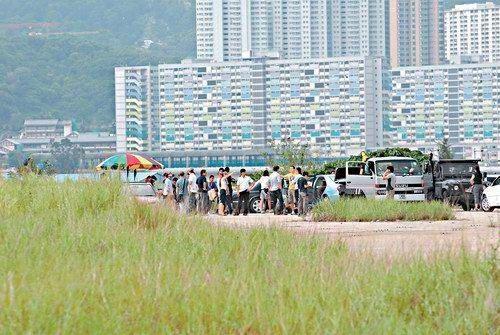 组图:李秉宪秘密赴香港拍新戏《我从雨中来》