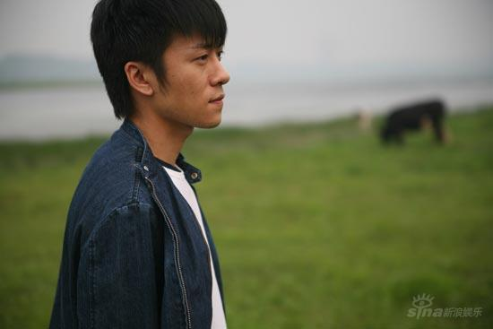 """《意乱情迷》林申见伍仕贤""""色相全露""""(组图)"""