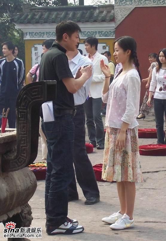图文:《双食记》重庆探班--为江一燕说戏