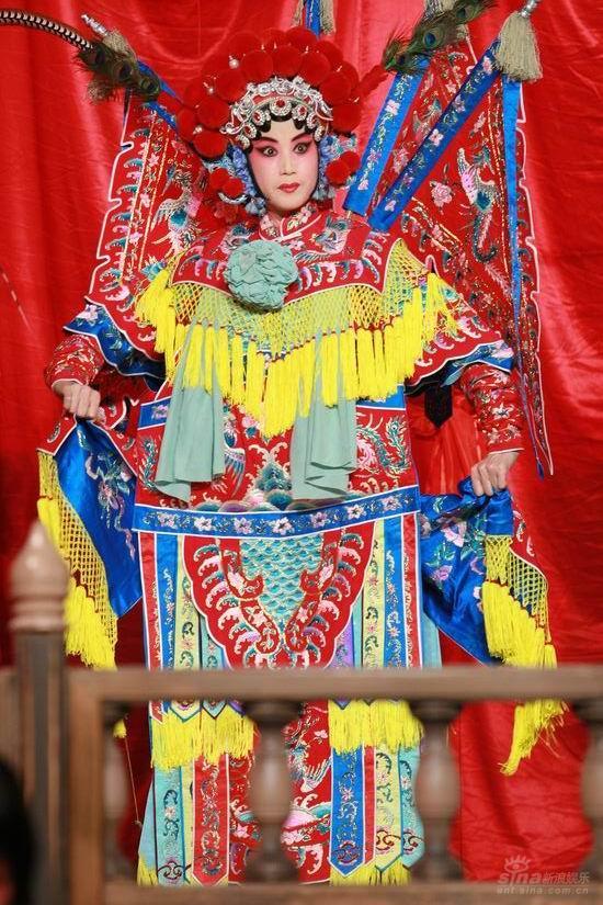 图文:《梅兰芳》开机发布会--京剧表演助兴