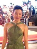 组图:《太阳》威尼斯首映姜文周韵红毯秀恩爱
