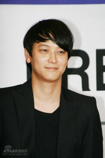 图文:电影《M》发布会--人气偶像姜东元