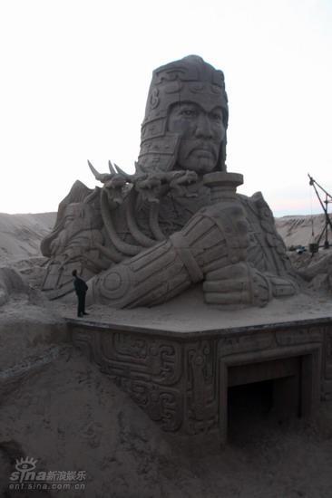 图文:《木乃伊3》河北片场--将军半身像