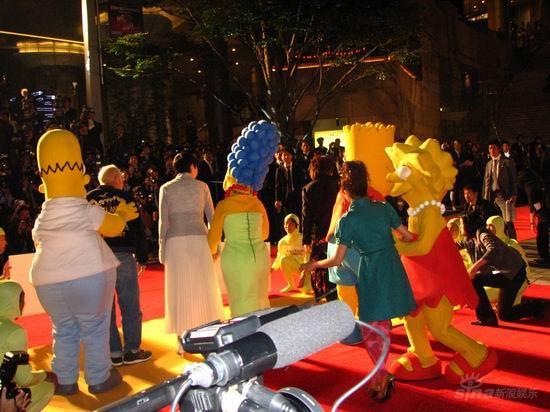 """图文:第20届东京电影节开幕--""""辛普森一家"""""""