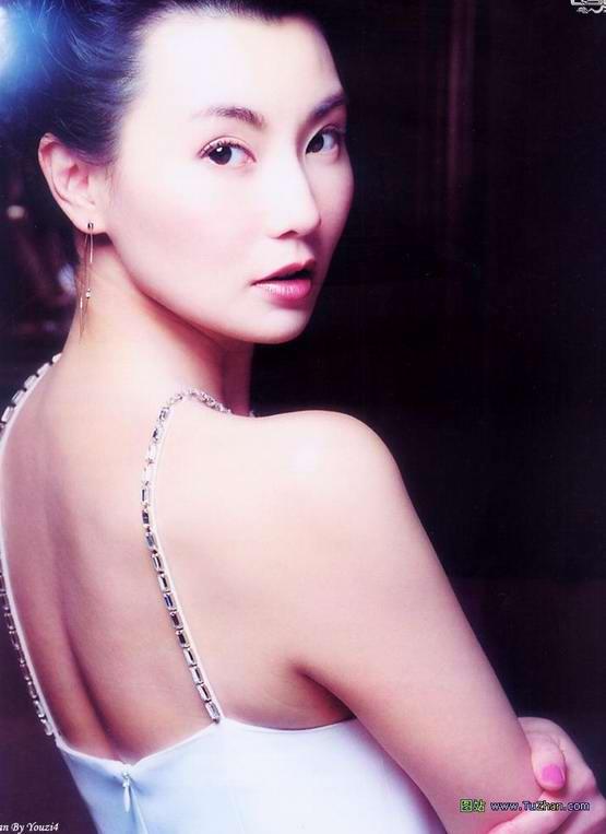 港台女明星出道青涩时:张曼玉-贵气慑人