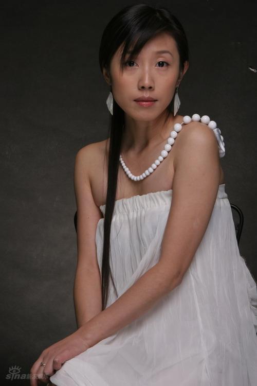 资料图片:胡靖钒精美写真--珠玉生辉