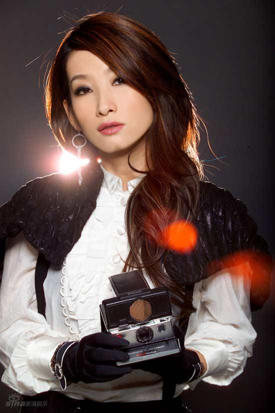 资料图片:秦海璐精美写真--女摄影师