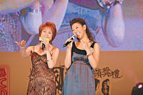 郑欣宜称沈殿霞频繁做检查唱歌为母亲加油(图)