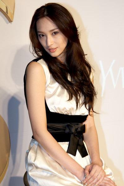 吴佩慈出席某活动参演《红楼梦》台词只有57字
