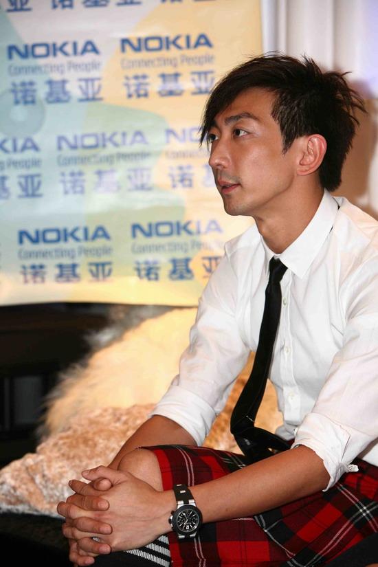 该剧由香港演员李灿森和名模胥力文主演,传递不断创新,勇于突破的摩登图片