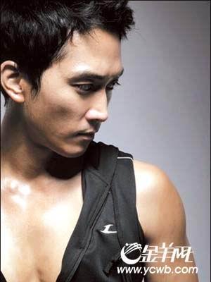 宋承宪8亿韩元秀身材退伍后首次接拍广告