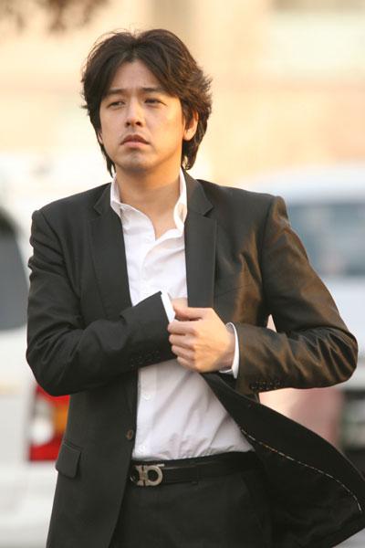 韩星柳时元父亲意外离世崔智友送花圈致哀(图)