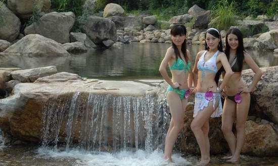 亚姐网络赛区总决赛佳丽拼身材外景泳装秀曝光