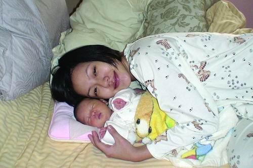 华语娱乐圈女星出书全攻略--《小S怀孕日记》