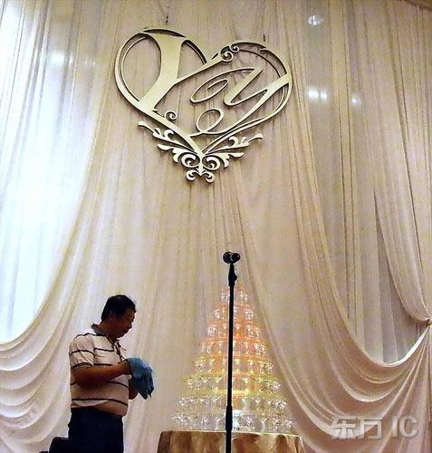 组图:姚明叶莉婚宴今晚开席华丽婚礼现场直击