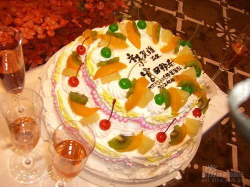 高楼房子蛋糕图片