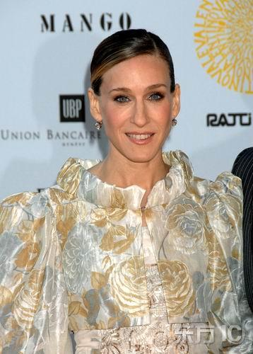 图文:Valentino45周年--莎拉-杰西卡-帕克