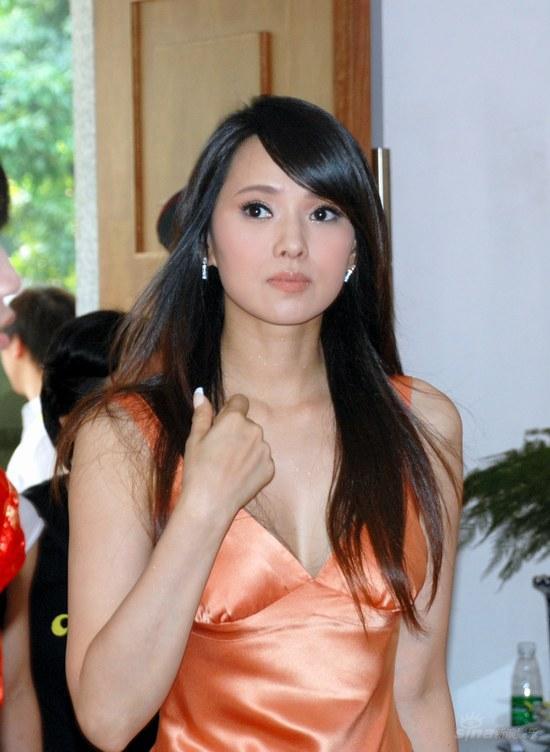 http://www.sinaimg.cn/ent/s/p/2007-07-26/U2224P28T3D1653361F326DT20070726180036.JPG