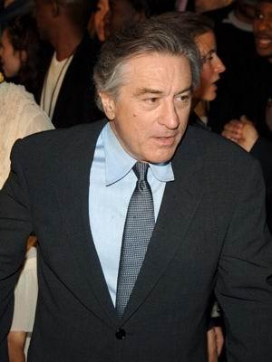罗伯特-德尼罗官司缠身被索赔180万美元(图)