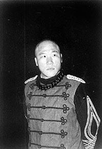 《走向共和》演员不够用两天津人演活四角(图)