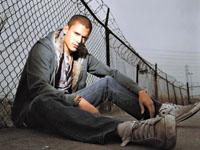 《越狱》即将大结局第三季改名《入狱》(图)