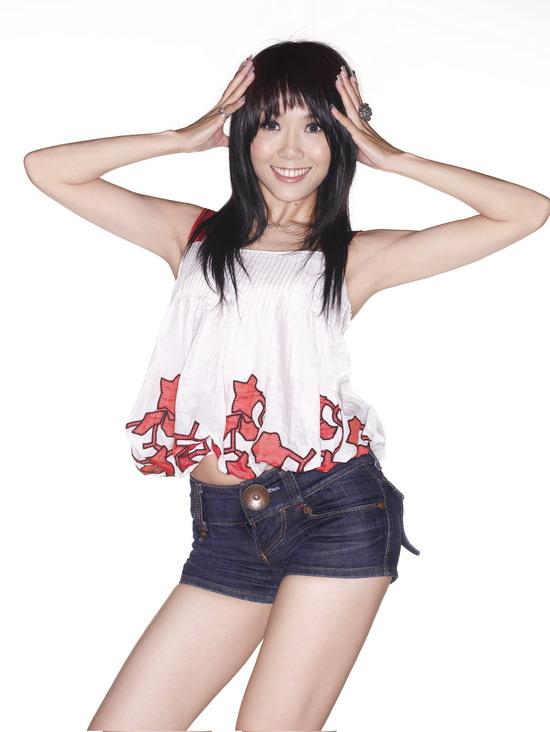 资料图片:王蓉《我要跳舞》最新写真(3)