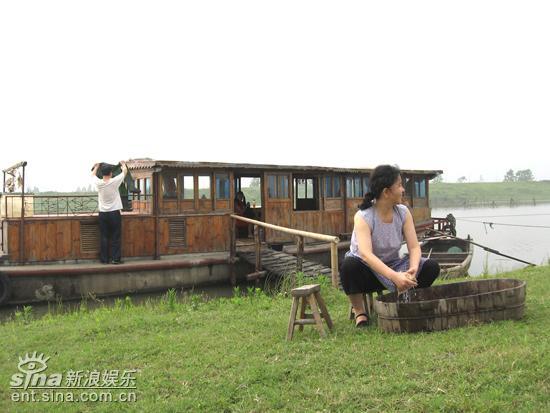 """《后来》南京热拍胡可入住""""水上别墅""""(图)"""