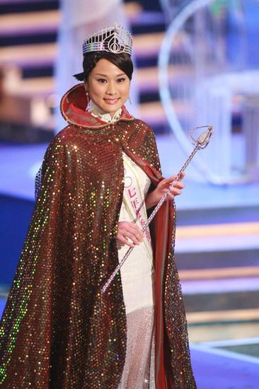 2007香港小姐竞选总决赛落幕张嘉儿爆冷夺后冠