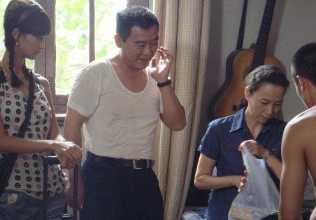 奚美娟李立群剧中开饭店张歆艺作梗血本无归