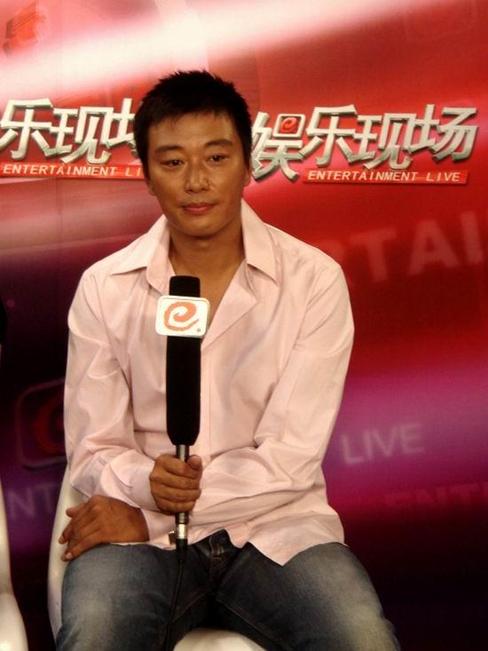 《舞台姐妹》热播主演刘磊乐此不疲忙宣传(图)