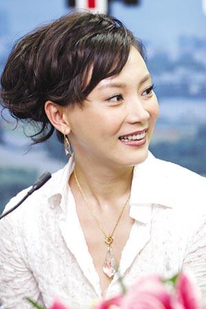 """《食人鱼事件》开播""""小青衣""""陈数再演女警"""