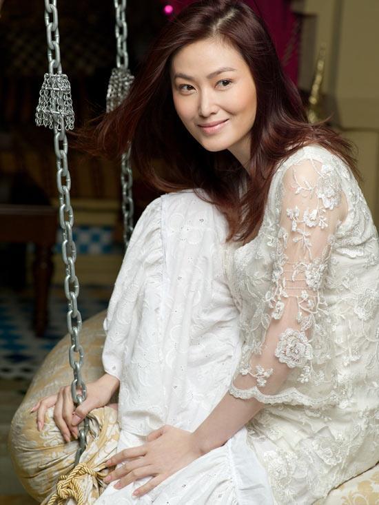 王思懿拍《县长夫人》 在片场煲汤保持健康(图)