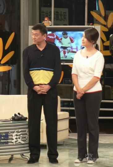 王茜作客《较量》与马良行畅谈中国女足(图)