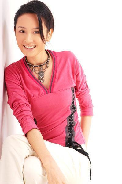 程莉莎《换子成龙》变柔情女子华视受欢迎(图)