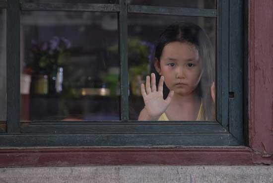 《笑着活下去》上海持续升温观众反响热烈(图)