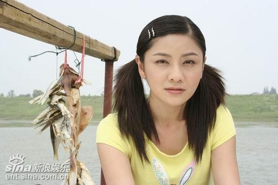 组图:《后来》南京热拍胡可渔家女造型曝光