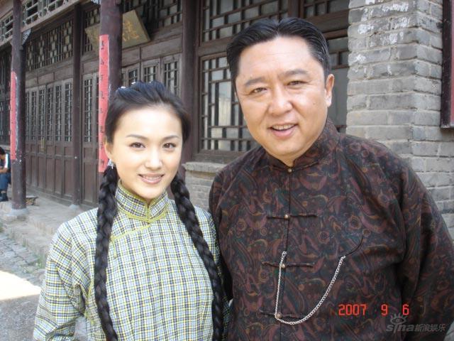 《相声演义》热拍李艳冰与张娜拉成姐妹(组图)