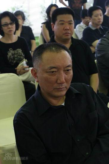 图文:池小宁追思会--韩三平痛苦追思