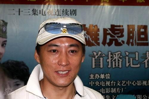 见面会--刘小锋接受采访